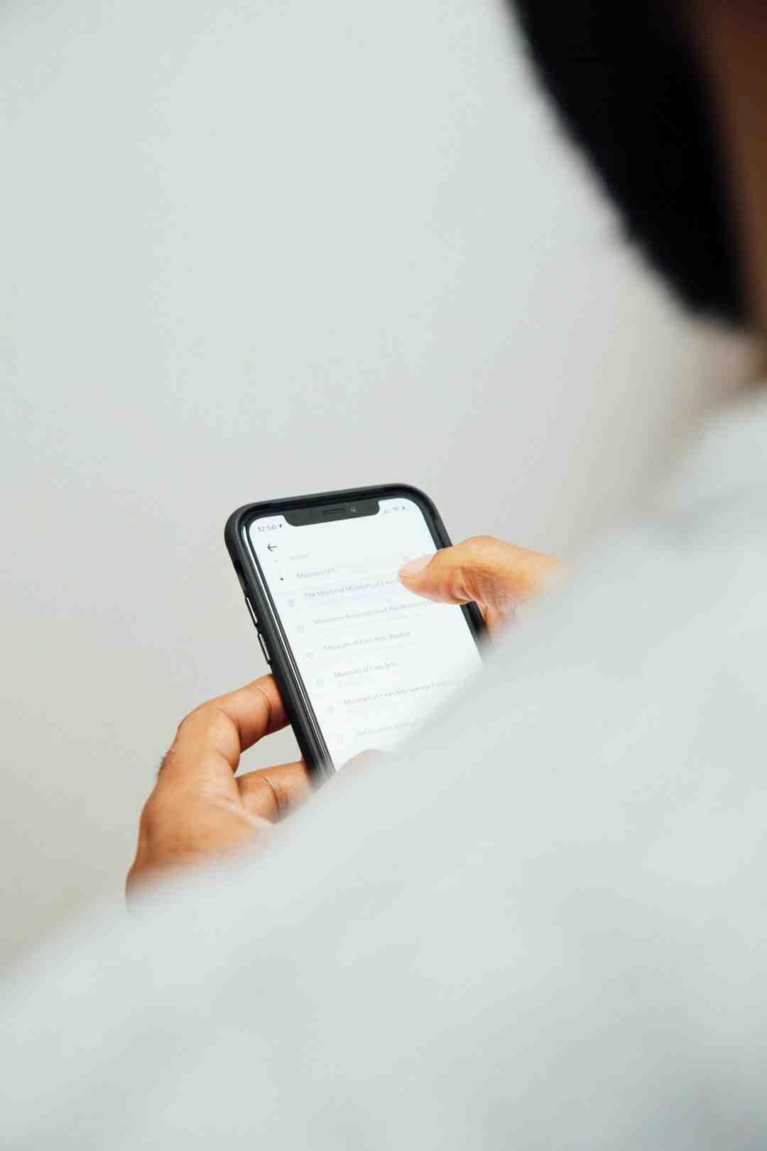 Comment reinitialiser iPhone sans code de restriction ?